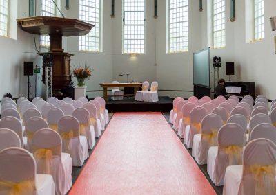 Ceremonie-witte-stoel-hoes