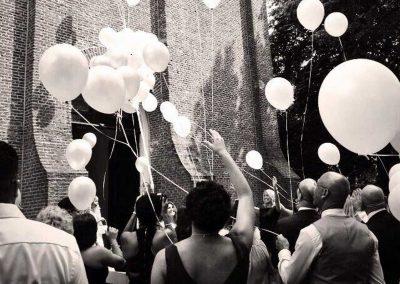 balonnen-oplaten-trouwen